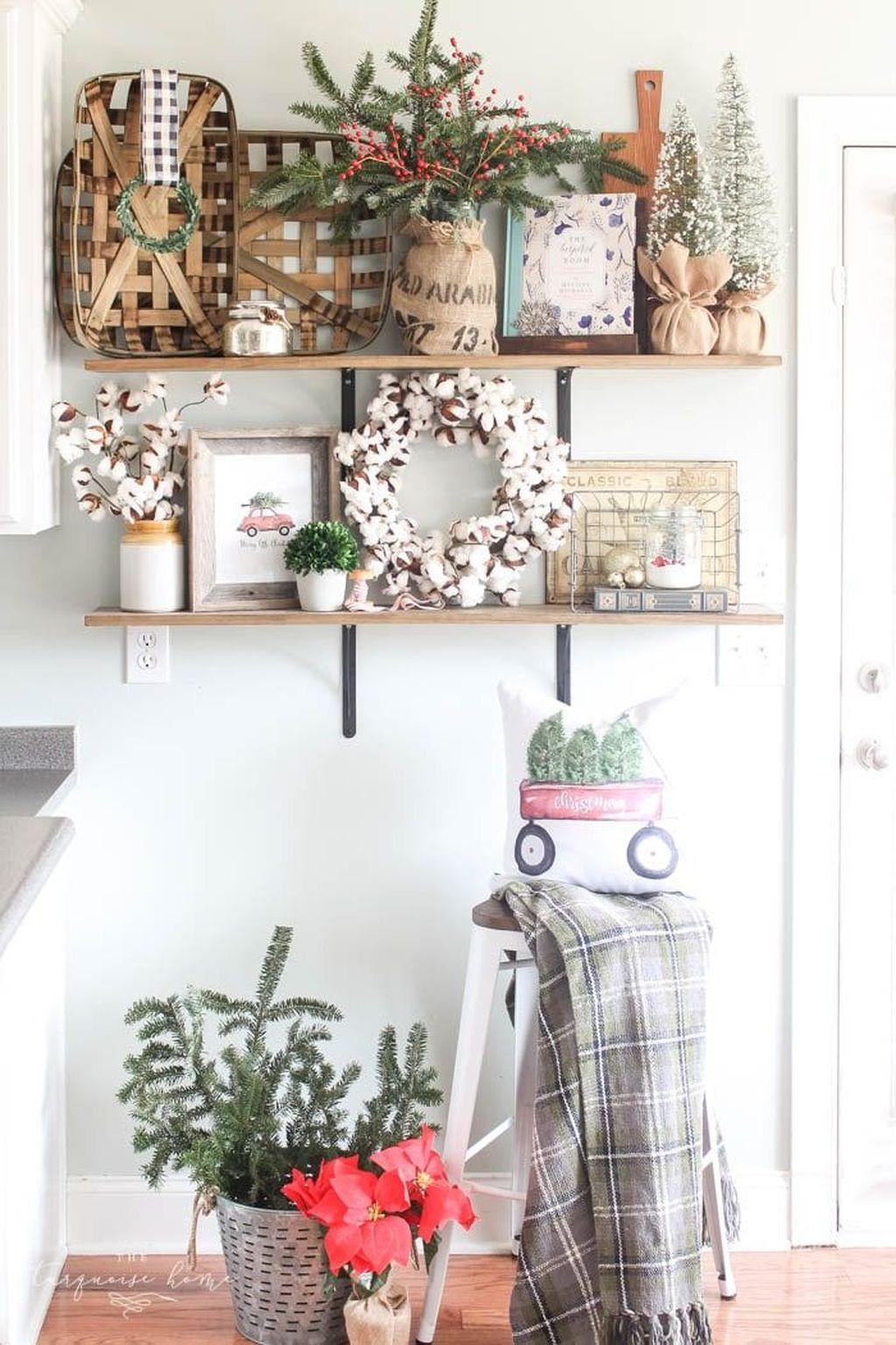 Stunning Winter Theme Kitchen Decorating Ideas 39