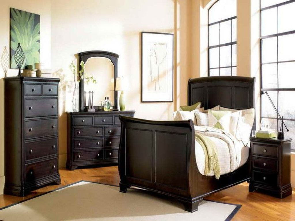 Beautiful Dark Wood Furniture Design Ideas For Your Bedroom 01