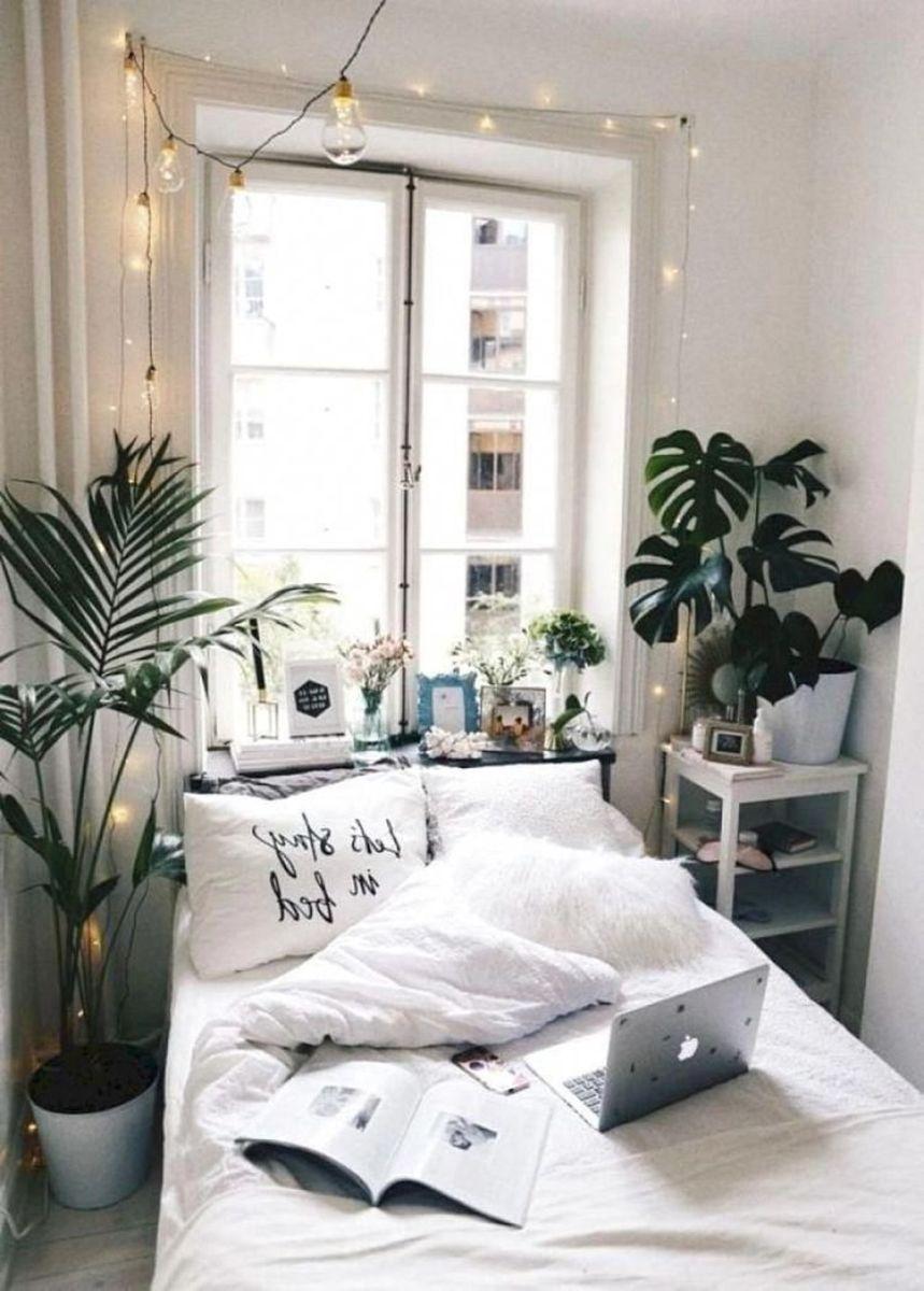 Fascinating Apartment Bedroom Decor Ideas 09