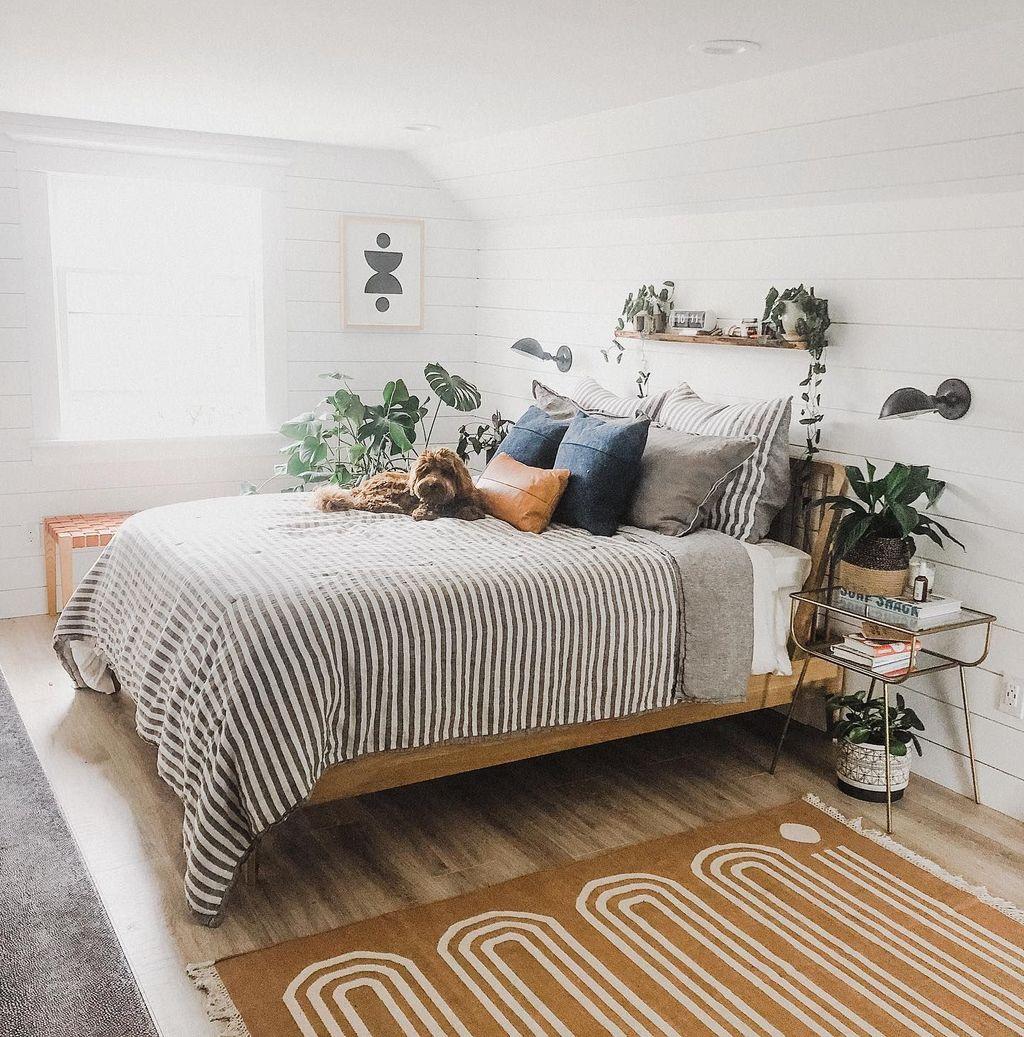 Fascinating Apartment Bedroom Decor Ideas 19