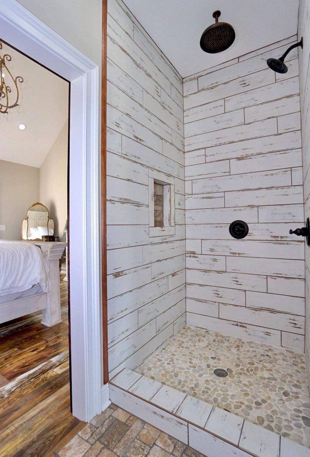 Inspiring Bathroom Tile Showers Design Ideas 19