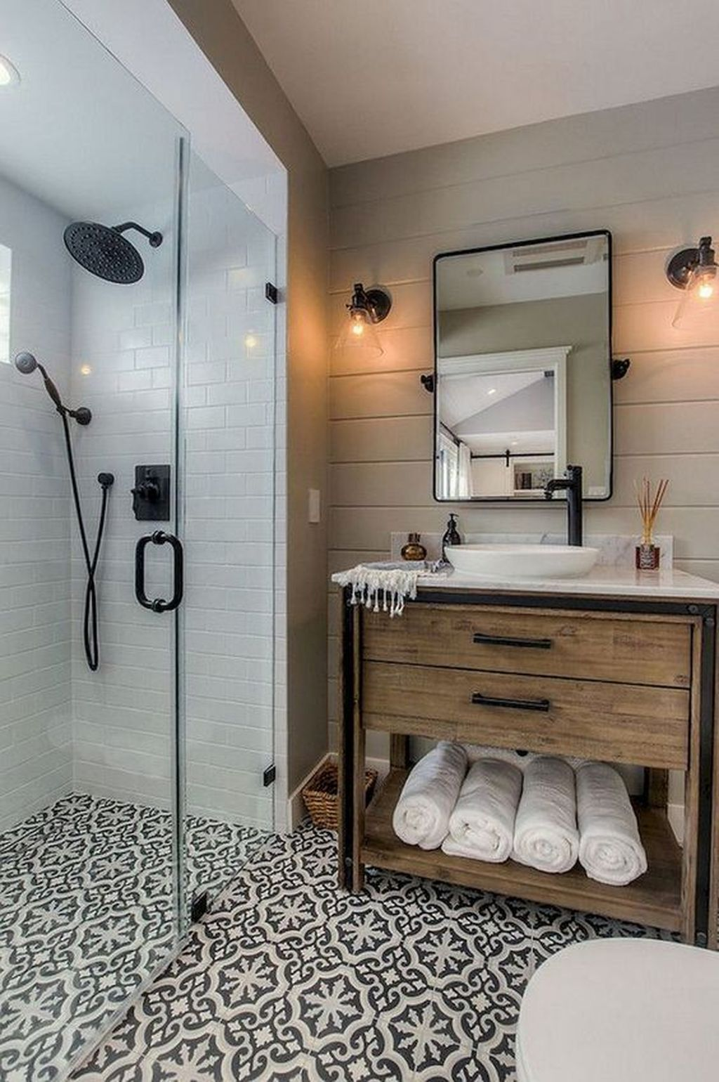 Inspiring Bathroom Tile Showers Design Ideas 27