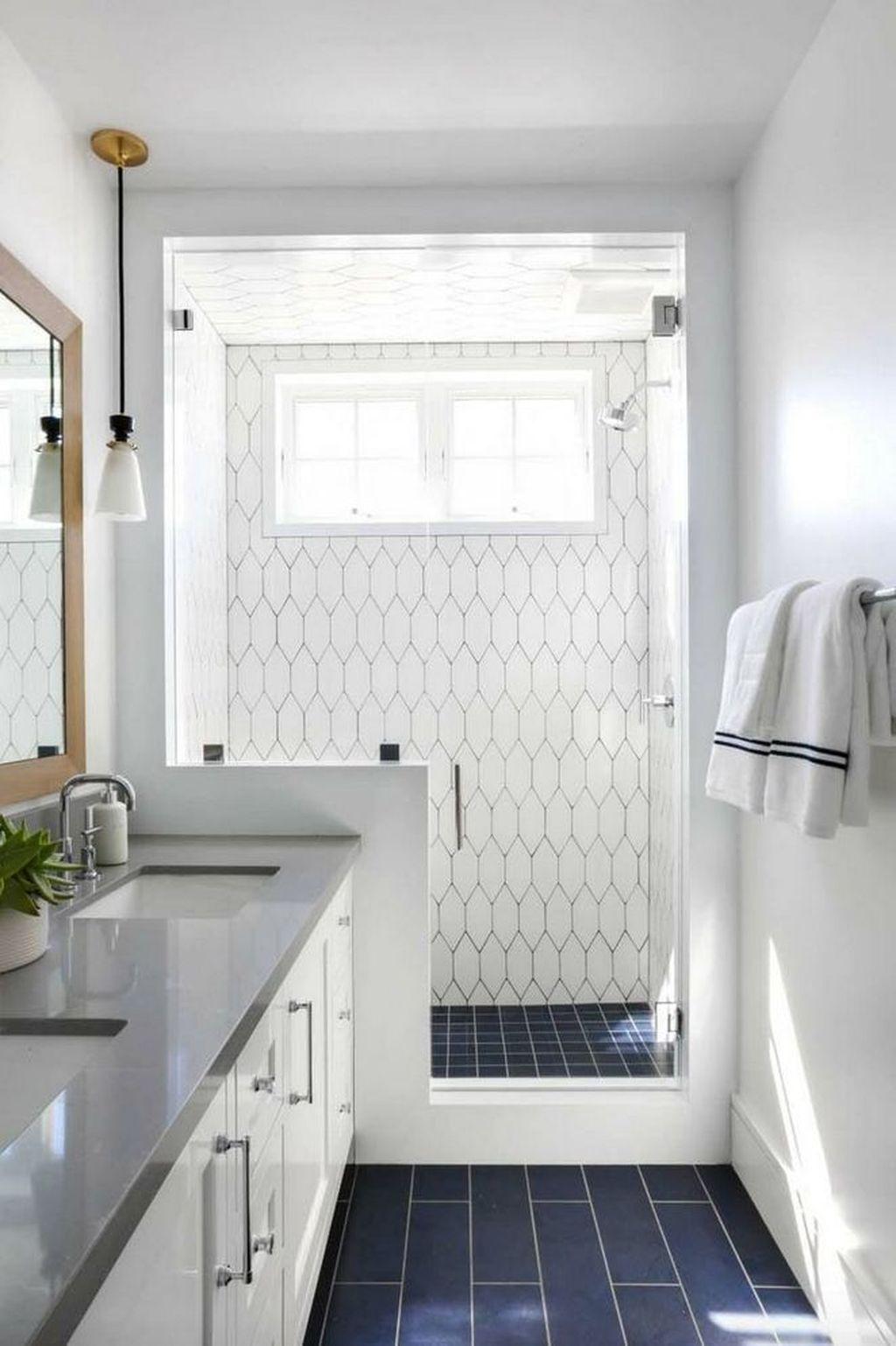 Lovely Bathroom Ceramic Tile Ideas You Should Copy 07