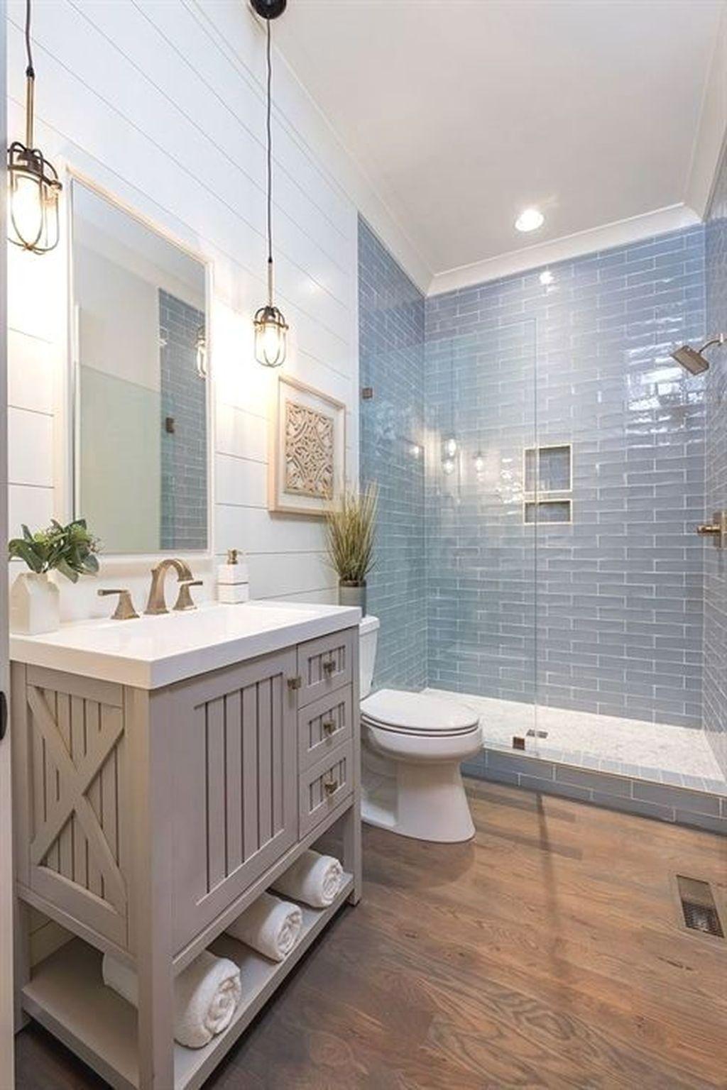 Lovely Bathroom Ceramic Tile Ideas You Should Copy 12