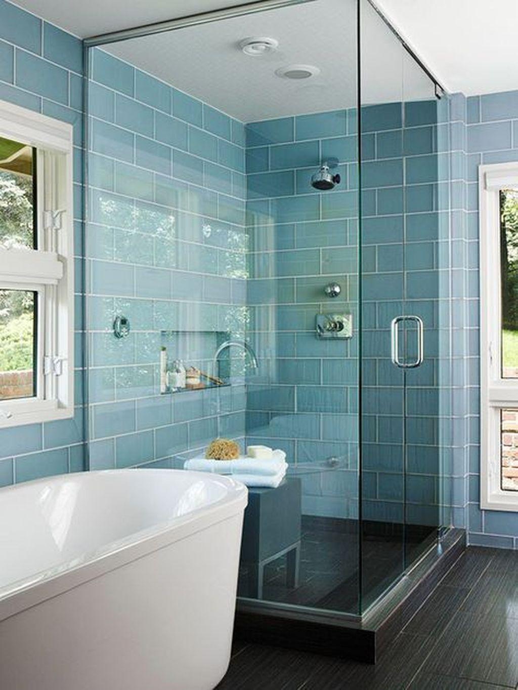 Lovely Bathroom Ceramic Tile Ideas You Should Copy 24