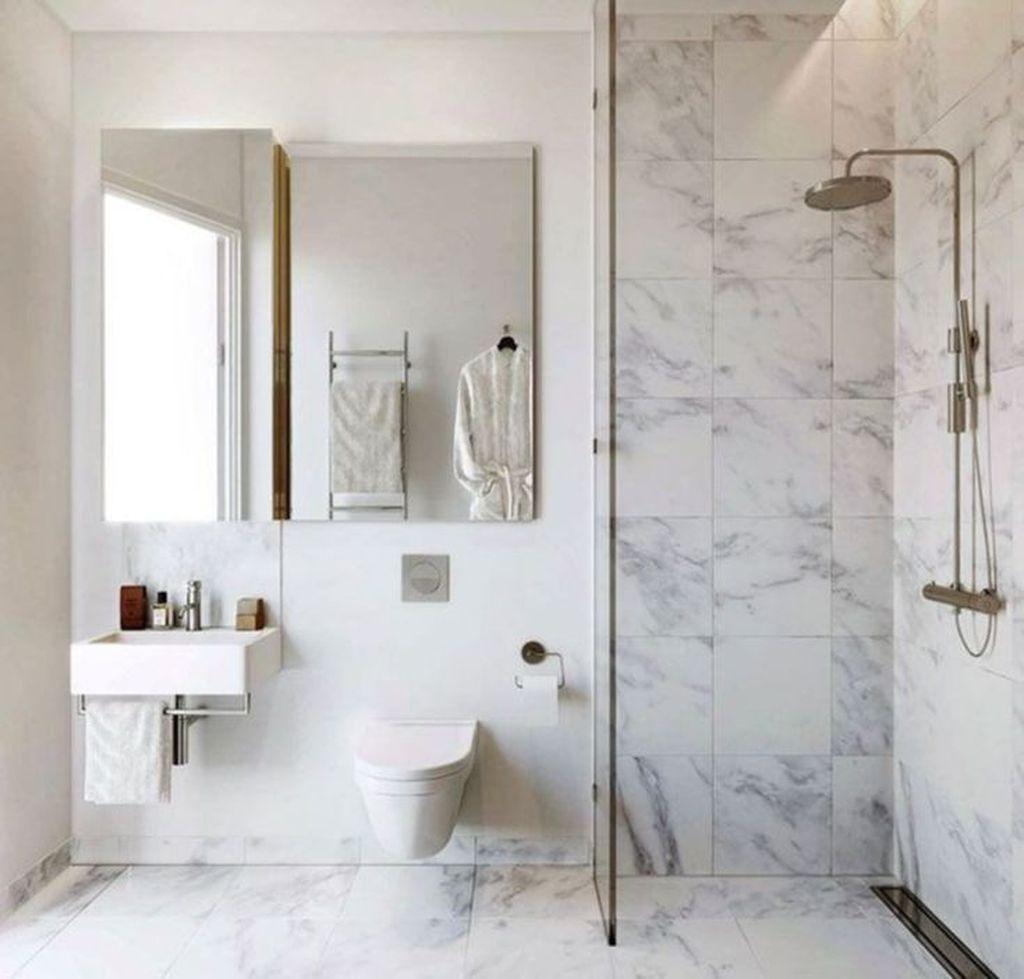 Lovely Bathroom Ceramic Tile Ideas You Should Copy 29