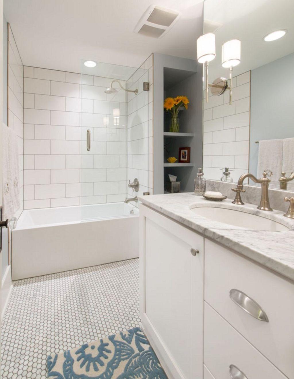 Lovely Bathroom Ceramic Tile Ideas You Should Copy 30