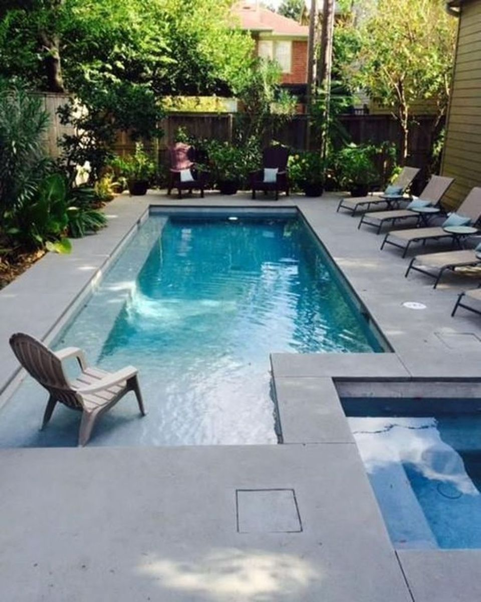 Lovely Swimming Pool Garden Ideas To Get Natural Accent 24