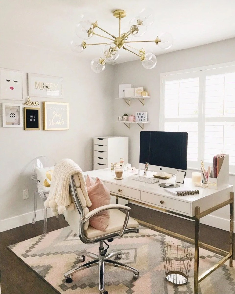 Nice Small Home Office Design Ideas 15