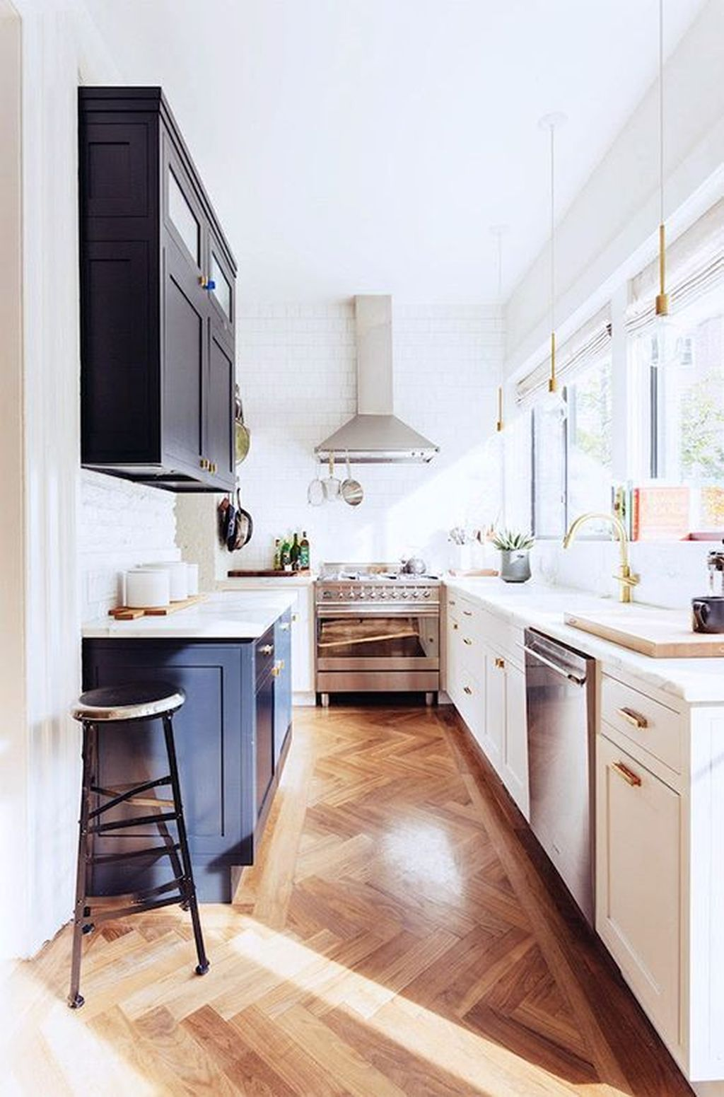 30 Popular U-Shaped Kitchen Design Ideas - PIMPHOMEE