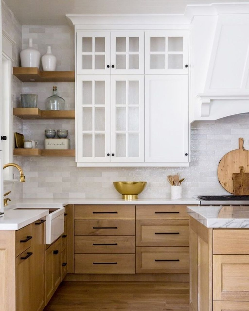 Popular Wooden Cabinets Design Ideas For Your Kitchen Decor 08