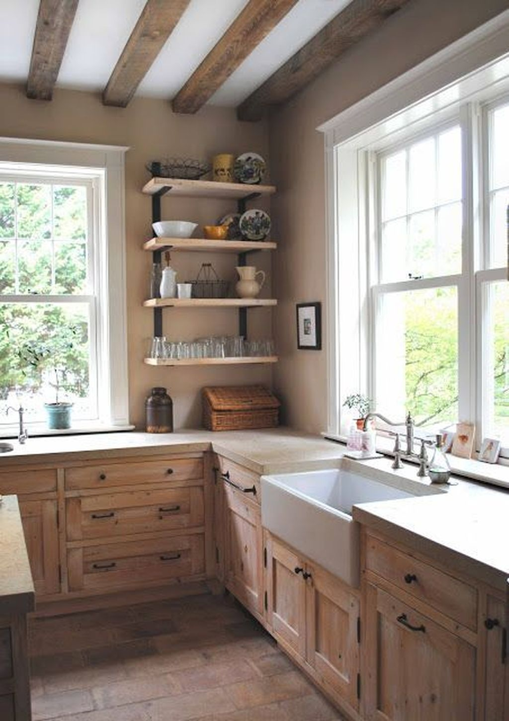 Popular Wooden Cabinets Design Ideas For Your Kitchen Decor 15