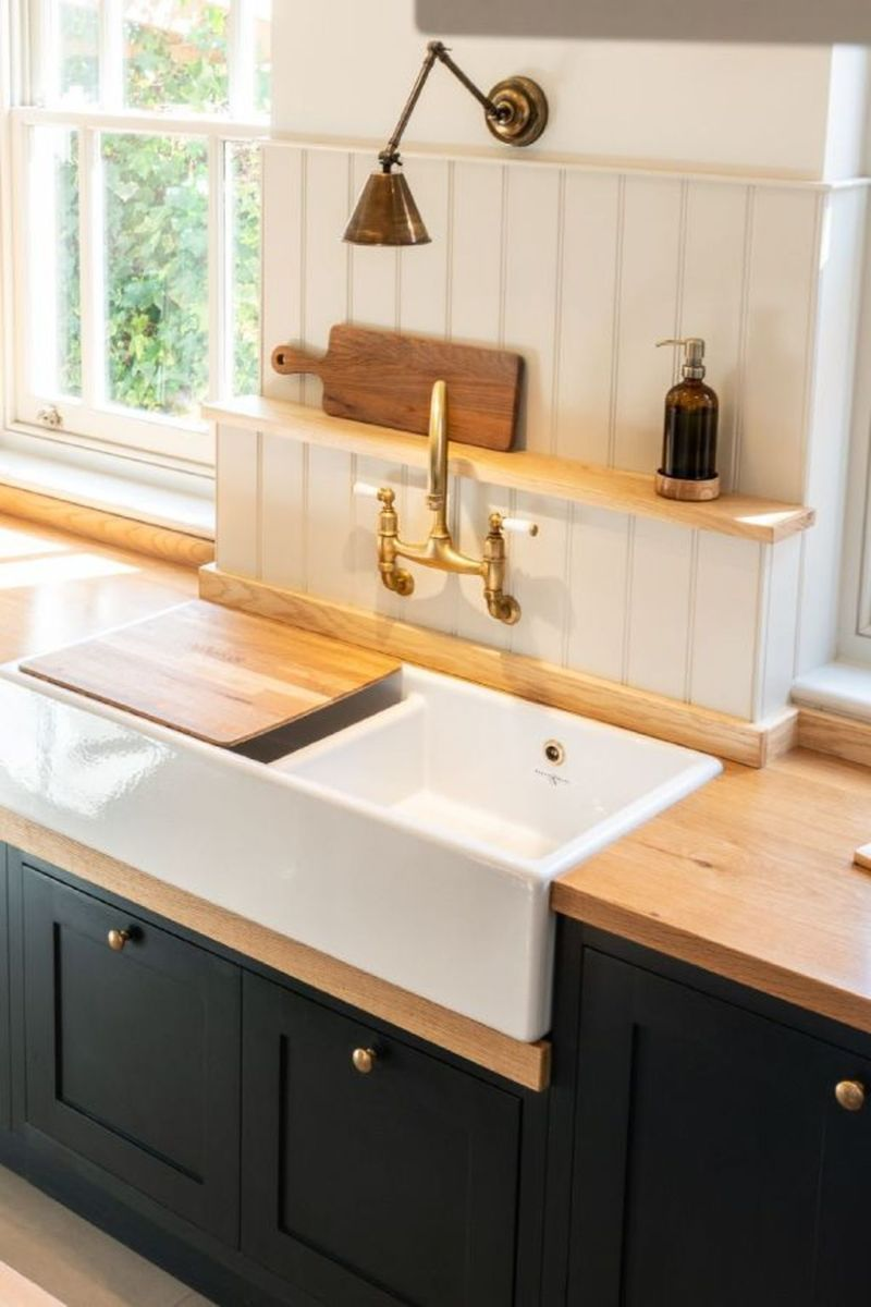 Popular Wooden Cabinets Design Ideas For Your Kitchen Decor 23