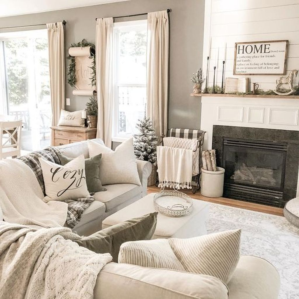 The Best Apartment Living Room Decor Ideas On A Budget 16