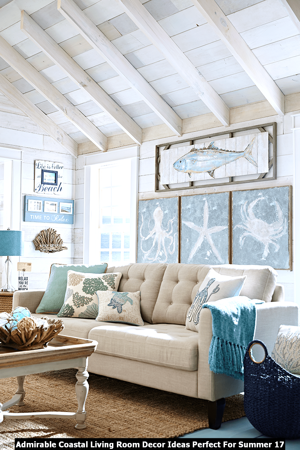 Admirable Coastal Living Room Decor Ideas Perfect For Summer 17