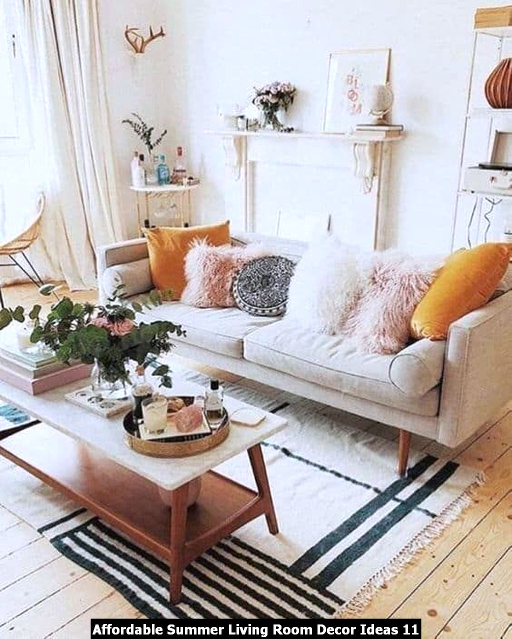 Affordable Summer Living Room Decor Ideas 11