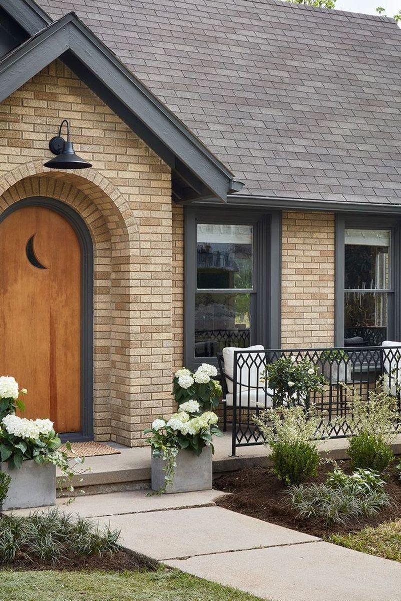 Awesome Yellow Brick House Exterior Design Ideas 03