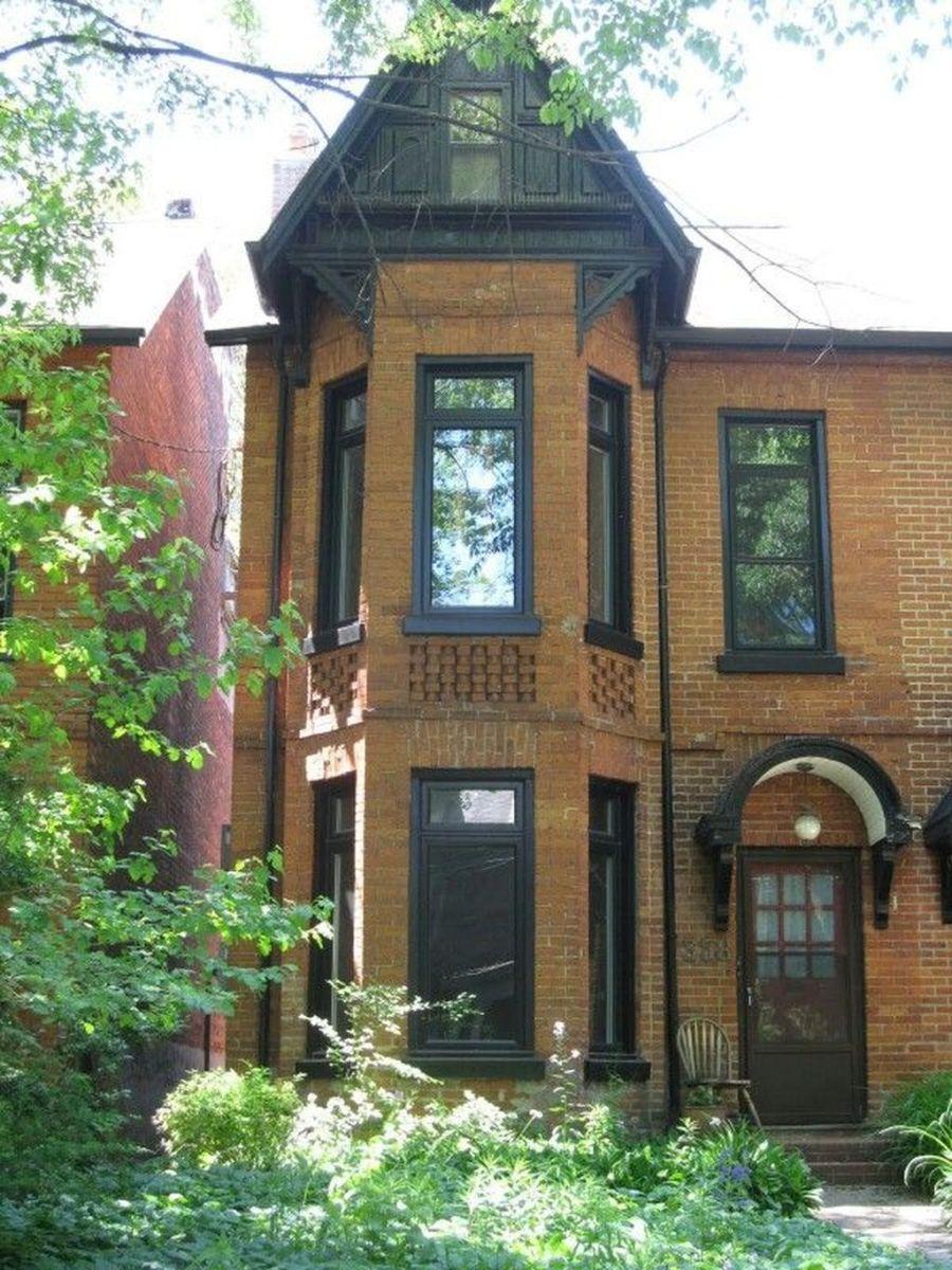 Awesome Yellow Brick House Exterior Design Ideas 21