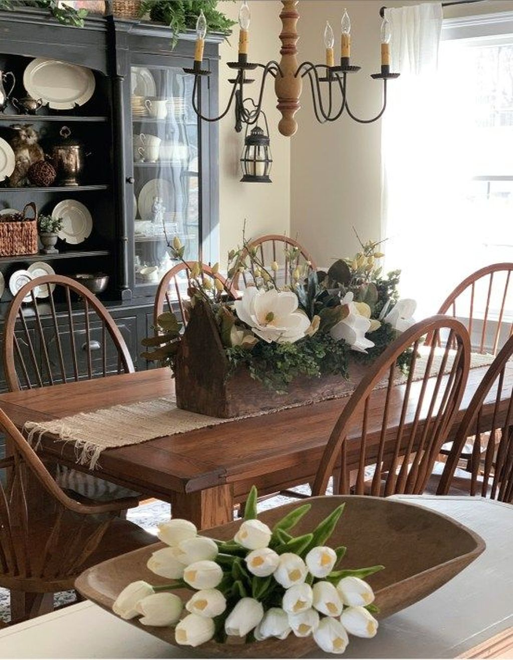 Beautiful Farmhouse Spring Table Decor Ideas 12