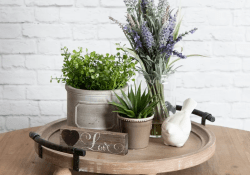 Beautiful Farmhouse Spring Table Decor Ideas 13