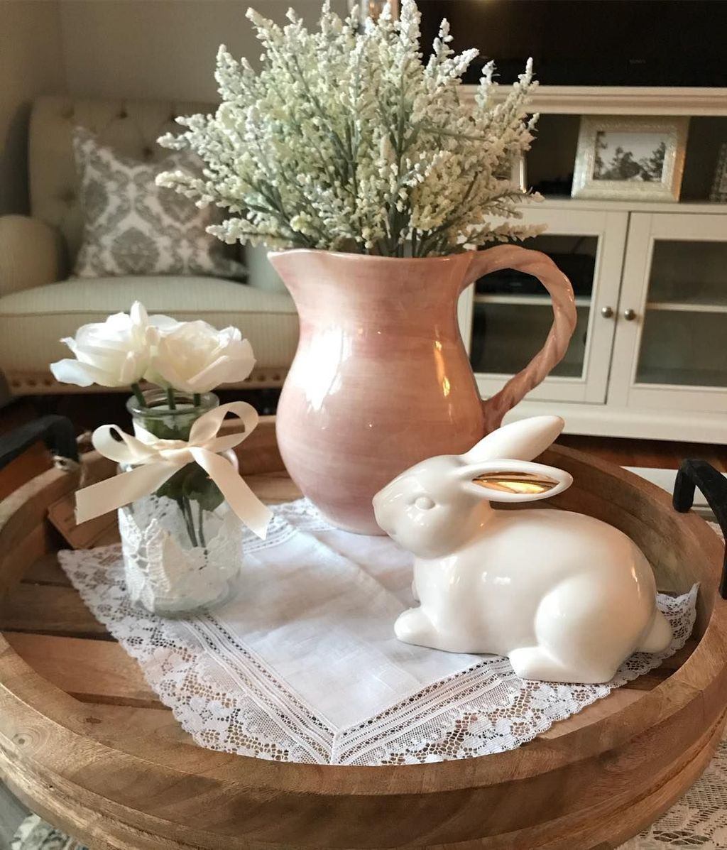 Beautiful Farmhouse Spring Table Decor Ideas 16