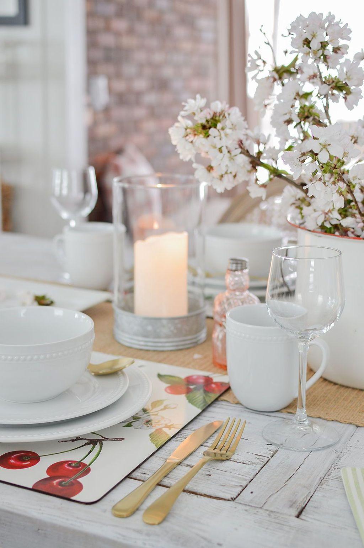 Beautiful Farmhouse Spring Table Decor Ideas 31