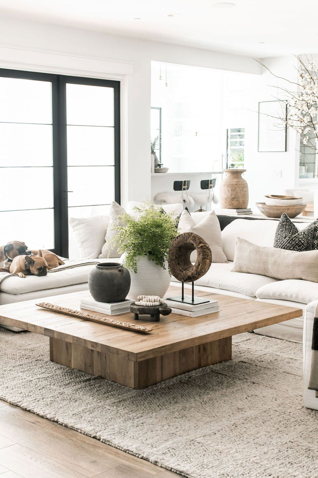 Beautiful Living Room Coffee Table Decor Ideas 02
