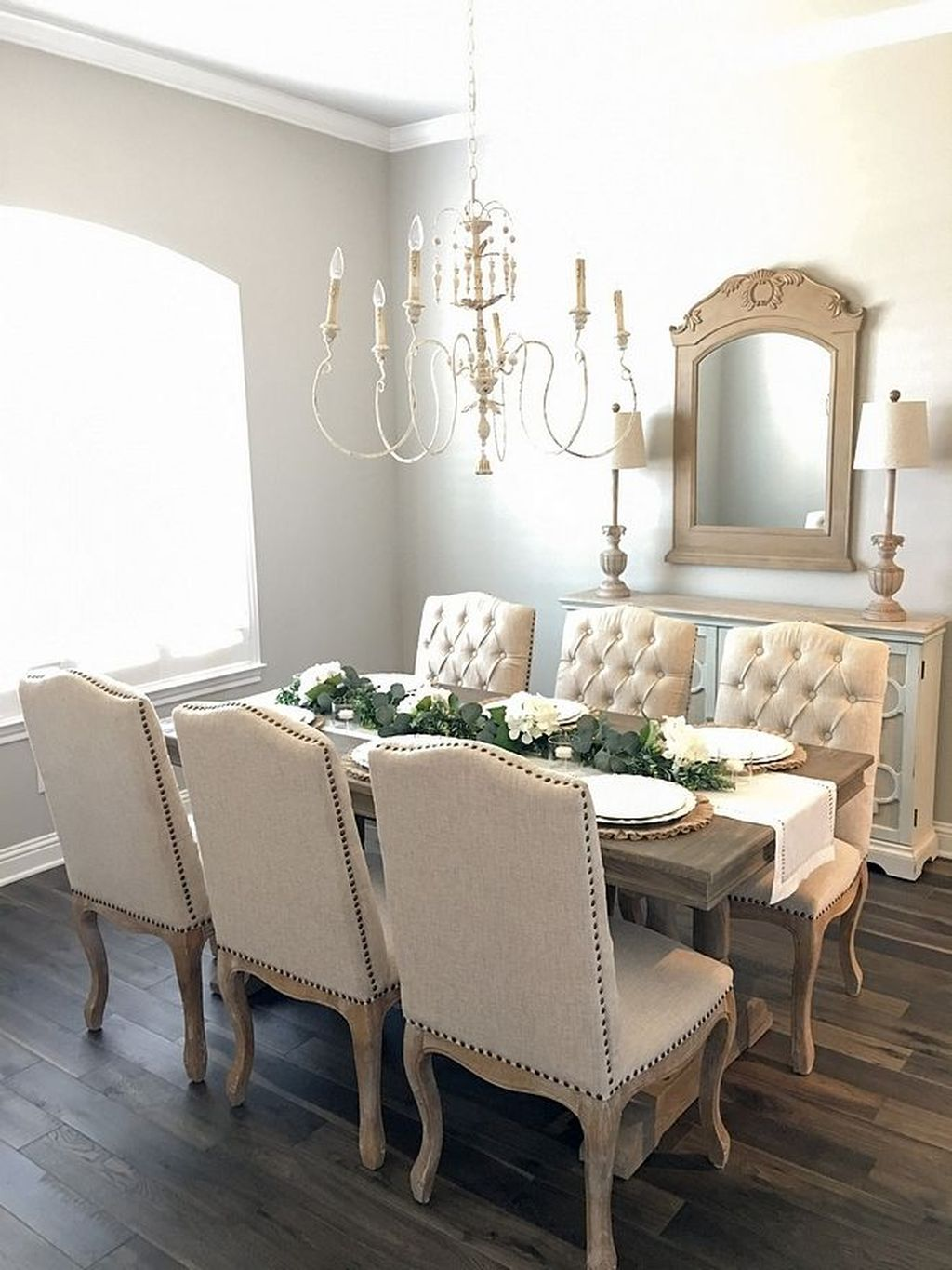 Brilliant French Dining Room Decor Ideas 03