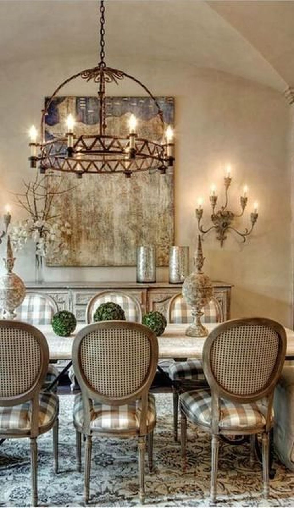 Brilliant French Dining Room Decor Ideas 21