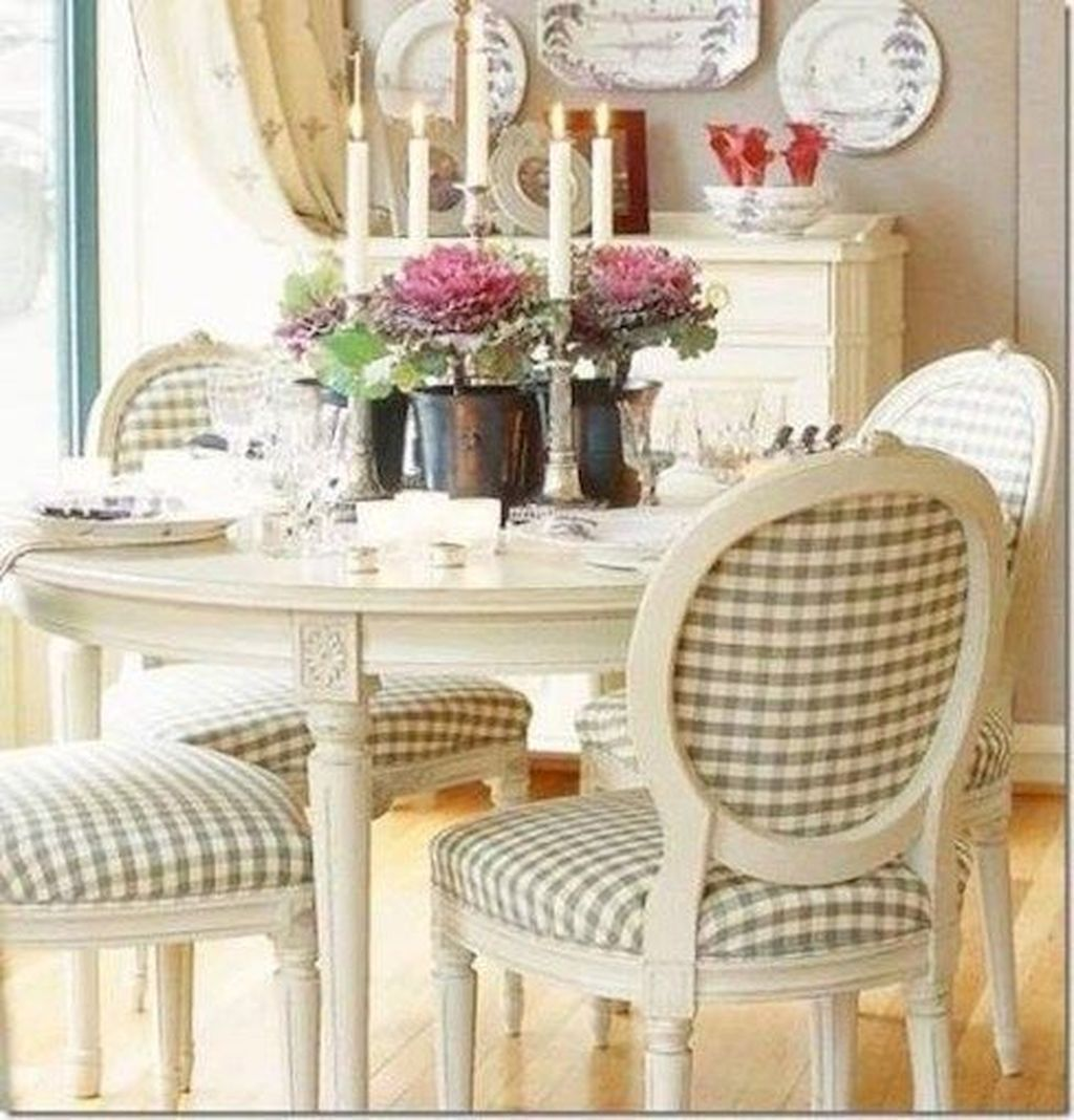Brilliant French Dining Room Decor Ideas 30