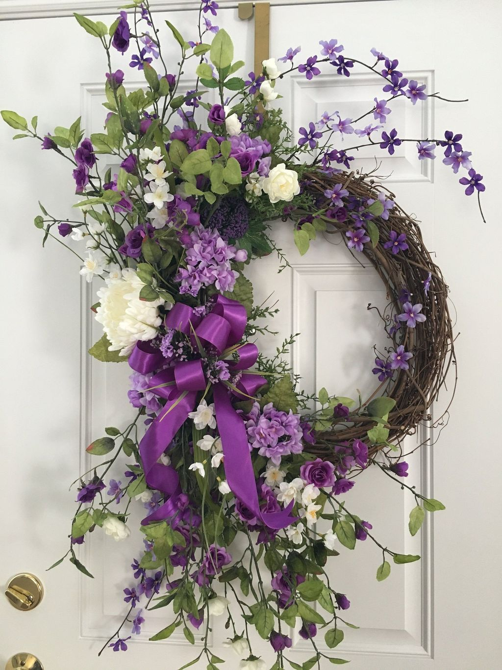 Brilliant Spring Door Wreaths Design Ideas 13
