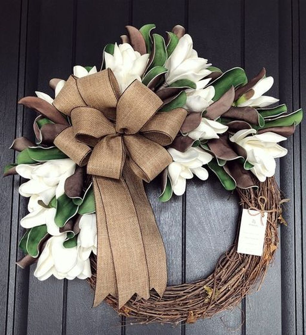Brilliant Spring Door Wreaths Design Ideas 15