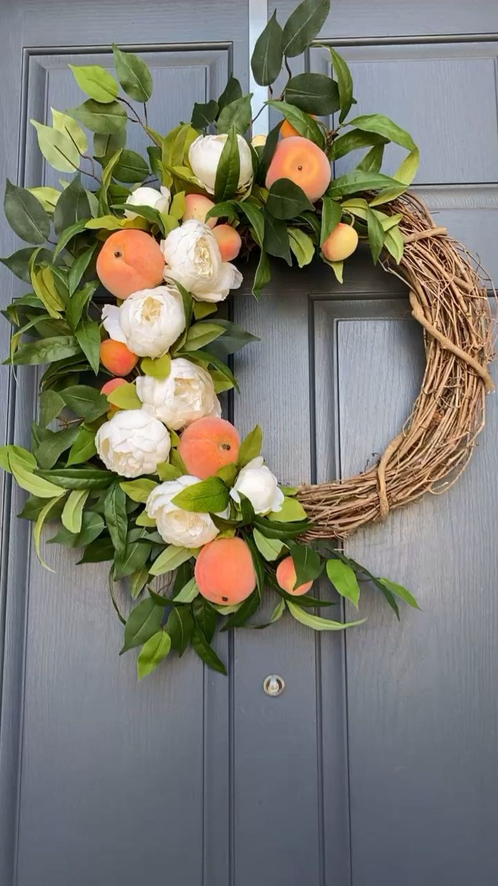 Brilliant Spring Door Wreaths Design Ideas 18