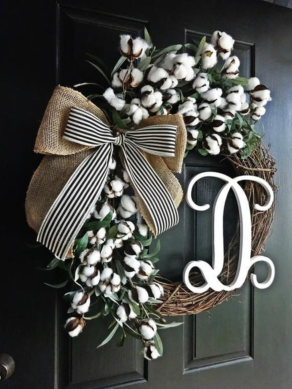 Brilliant Spring Door Wreaths Design Ideas 29