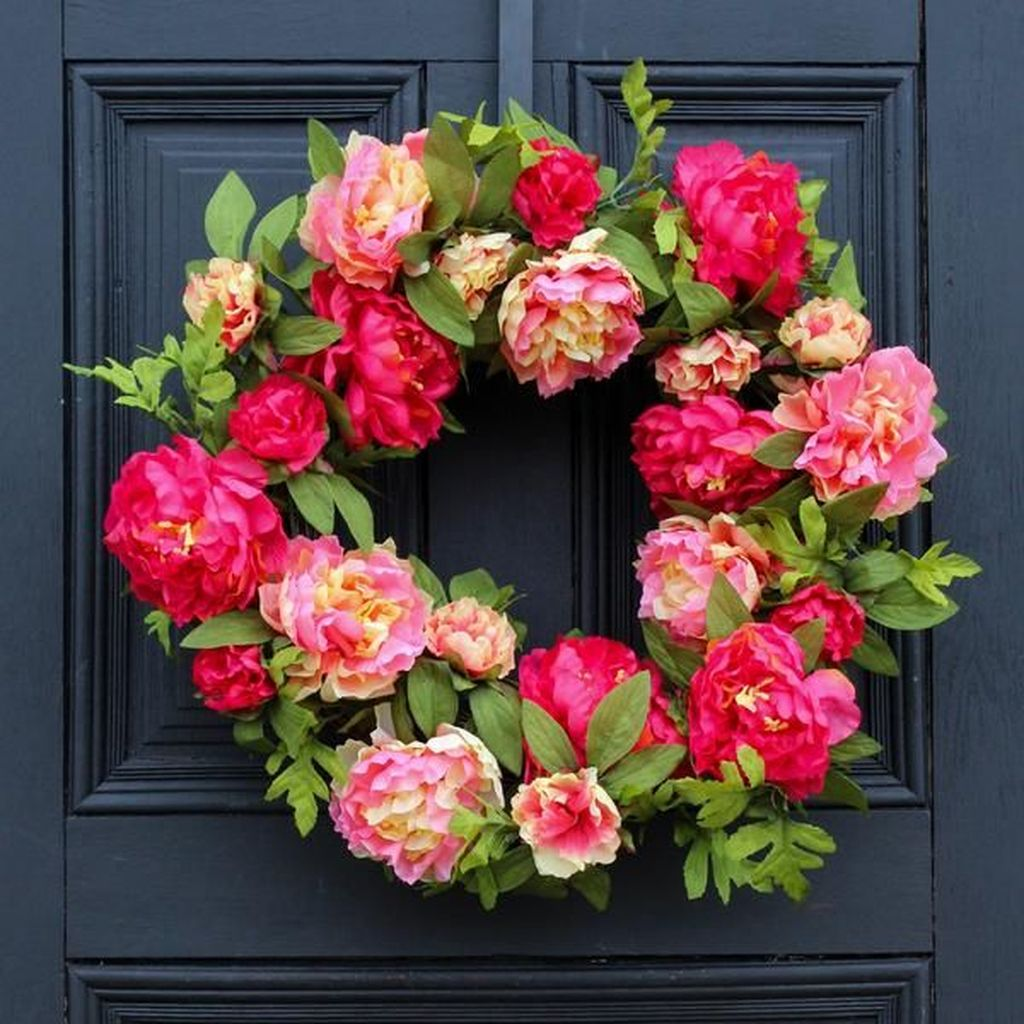 Brilliant Spring Door Wreaths Design Ideas 30