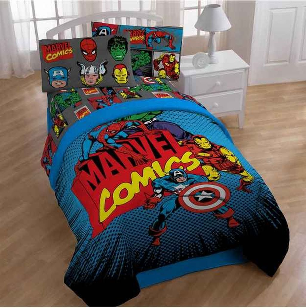 Fascinating Superhero Theme Bedroom Decor Ideas 11