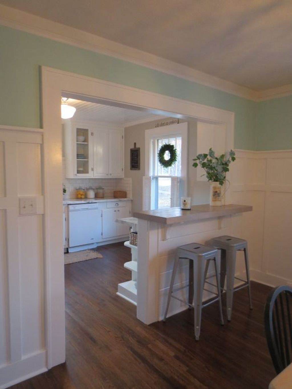 Gorgeous Small Kitchen And Dining Room Design Ideas 02