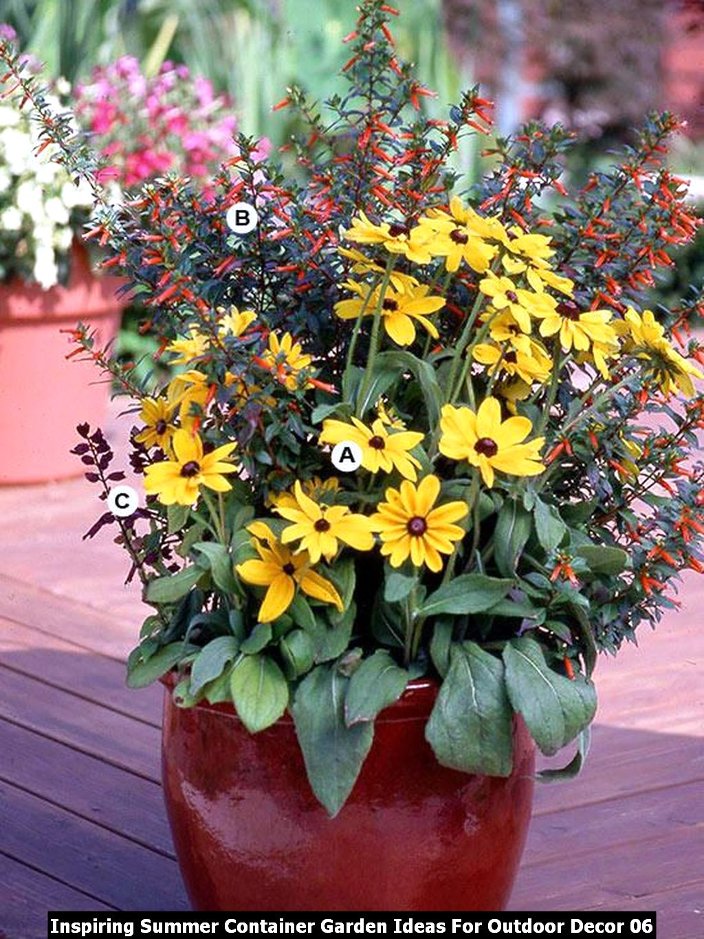 Inspiring Summer Container Garden Ideas For Outdoor Decor 06