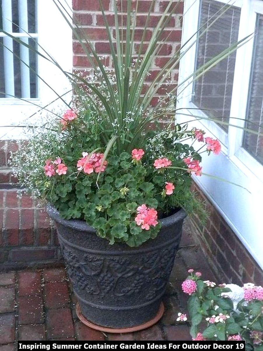Inspiring Summer Container Garden Ideas For Outdoor Decor 19