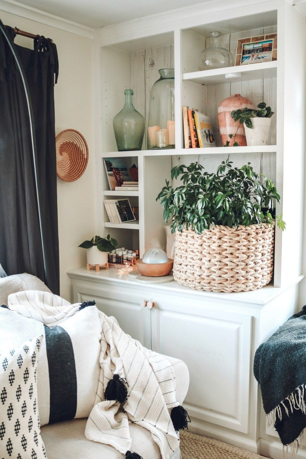 Nice Spring Scandinavian Decor Ideas To Beautify Your Home 10