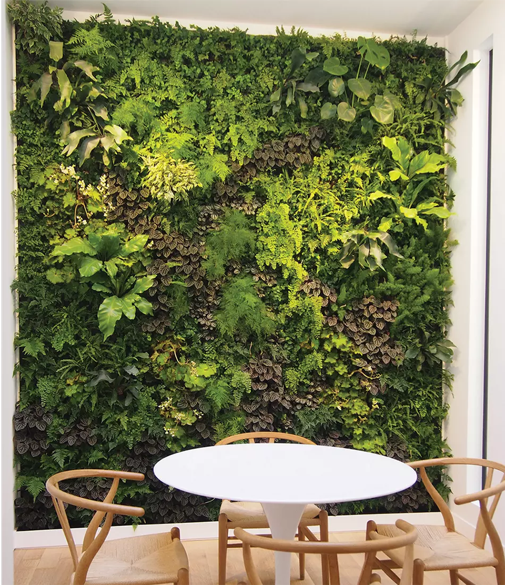 Popular Vertical Garden Wall For Outdoors Decor 02