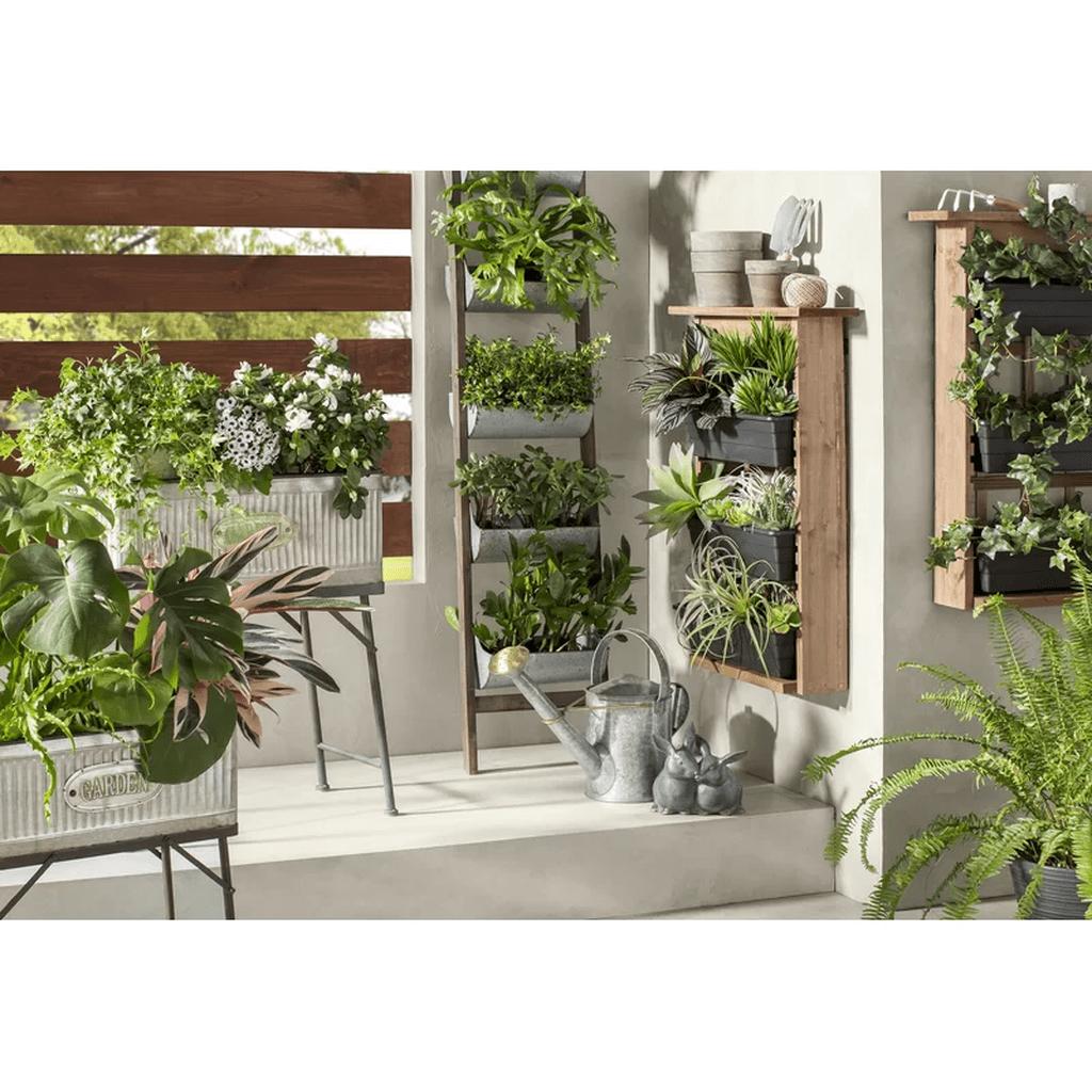 Popular Vertical Garden Wall For Outdoors Decor 05