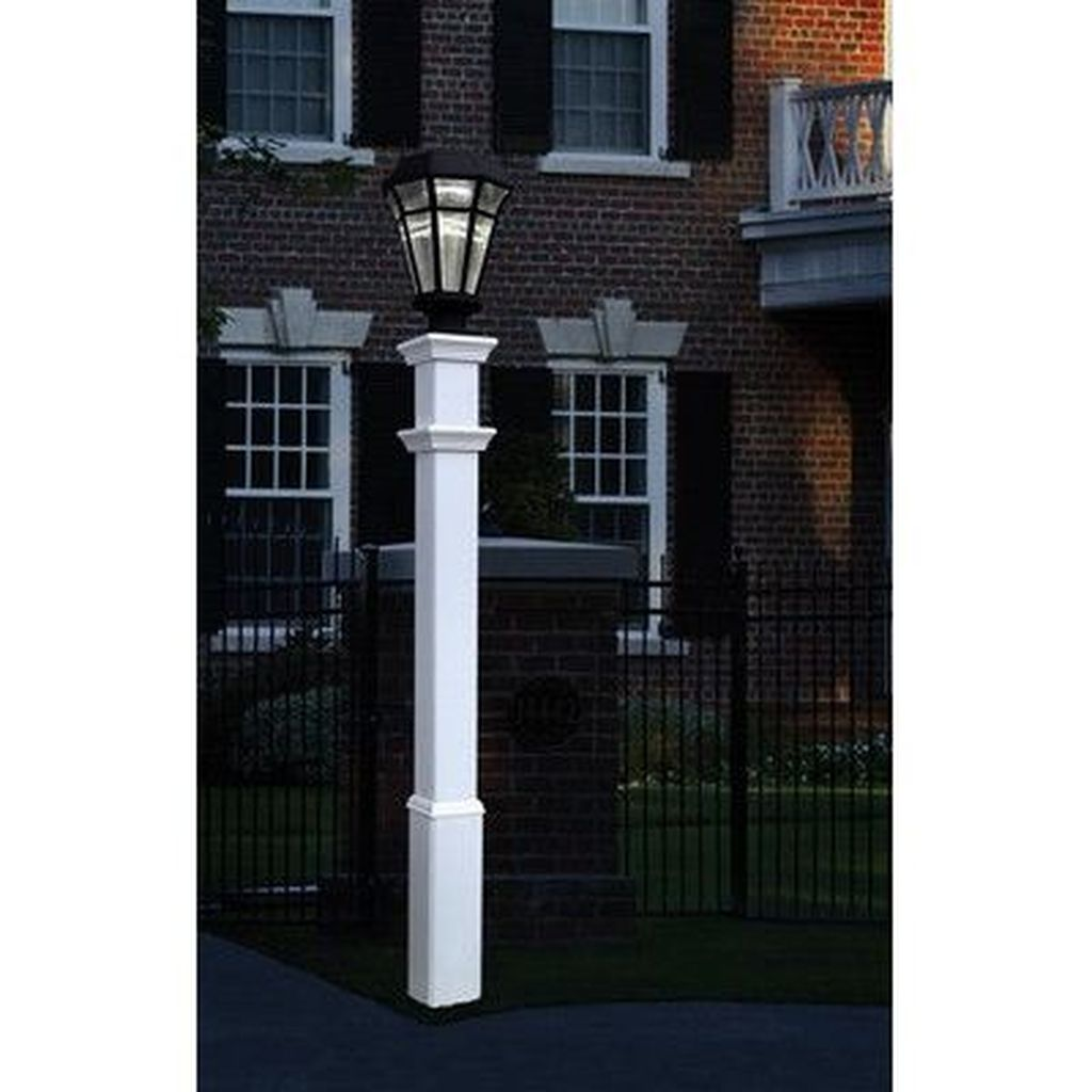 Stunning Outdoor Lamp Posts For Front Yards Decor 32