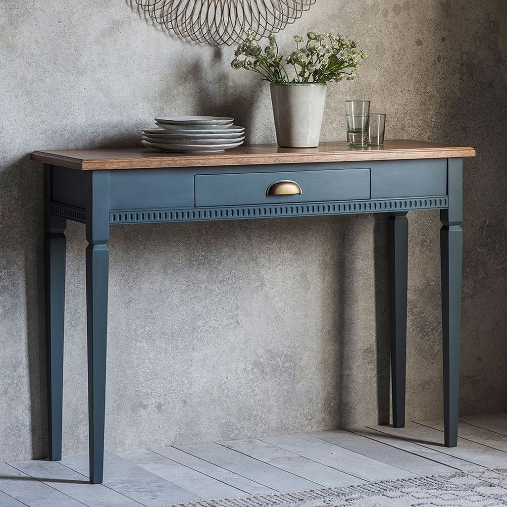 Stylish Console Table Design Ideas You Must Have 27