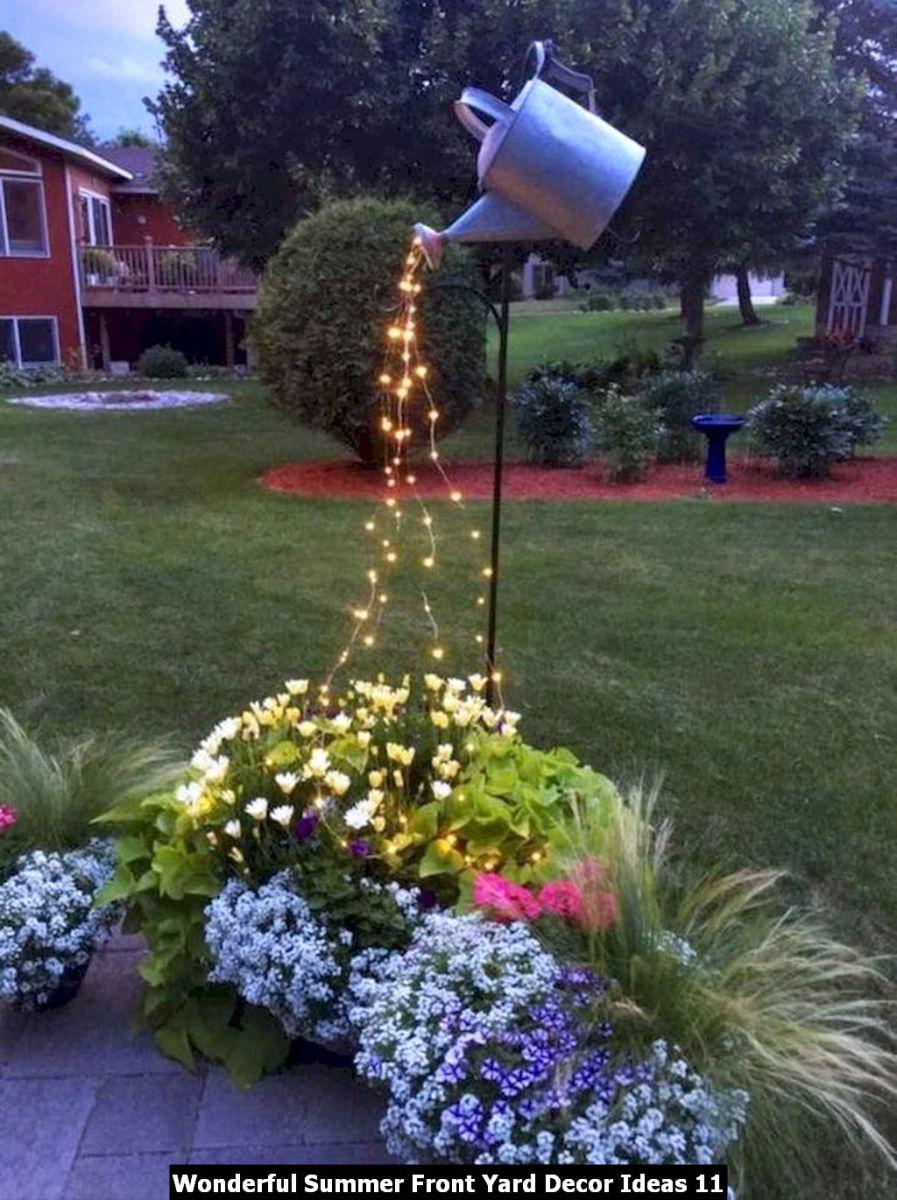 Wonderful Summer Front Yard Decor Ideas 11