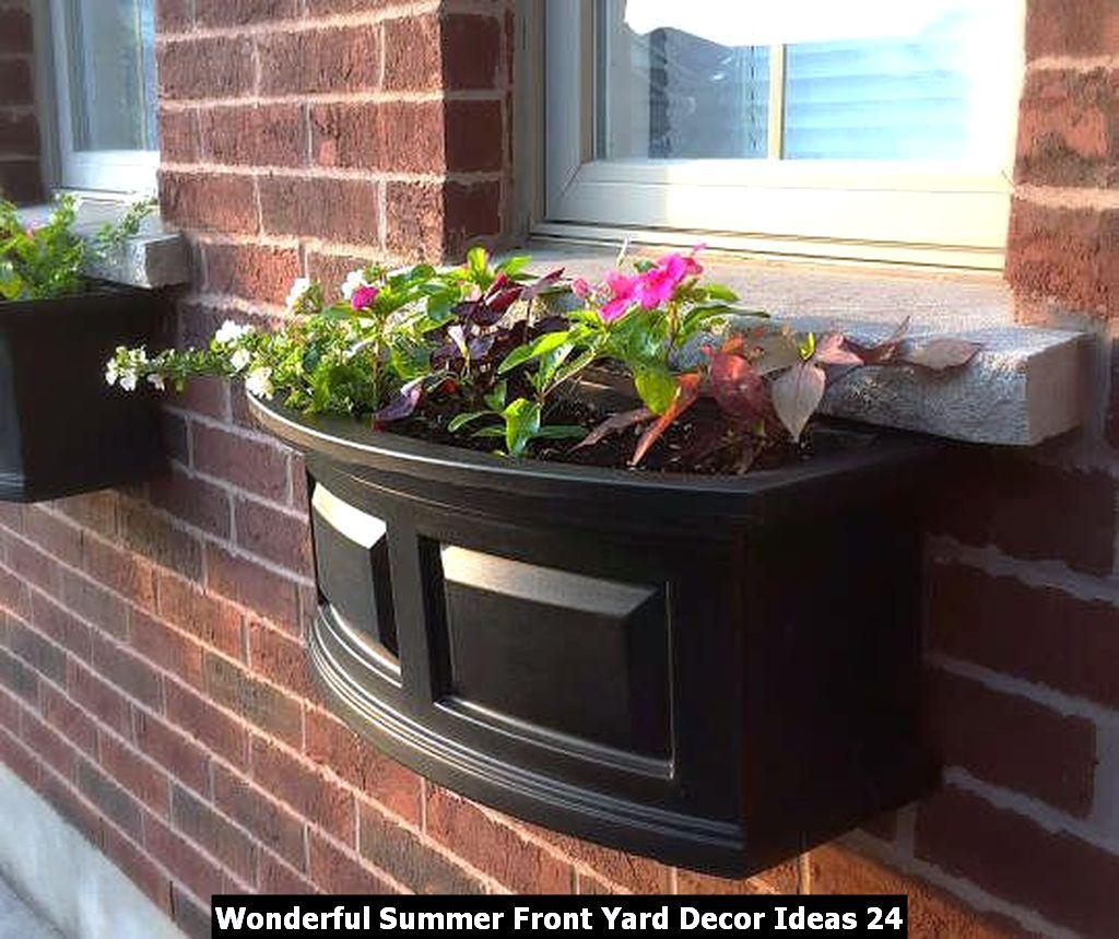 Wonderful Summer Front Yard Decor Ideas 24