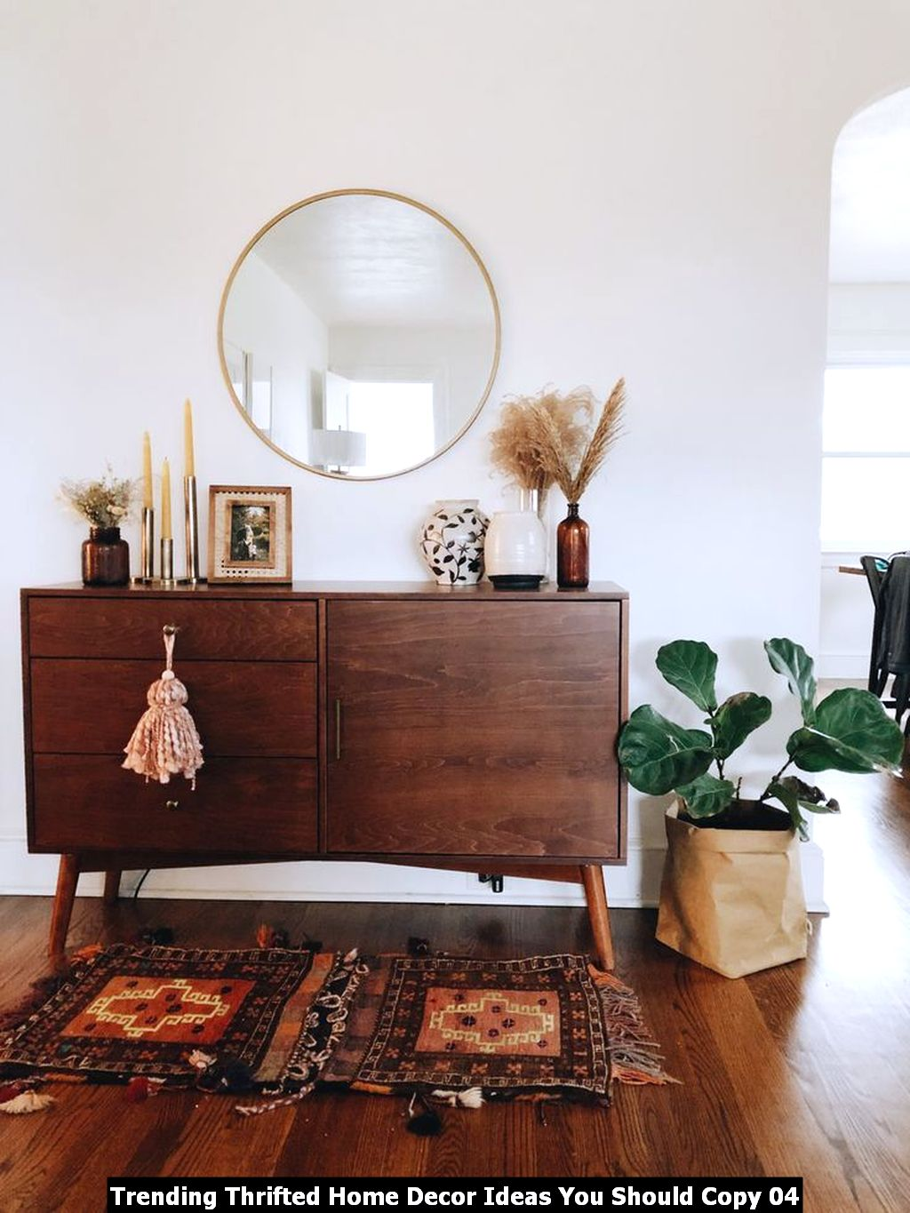 Trending Thrifted Home Decor Ideas You Should Copy 04
