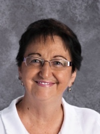 Nita Theriault : Food Services