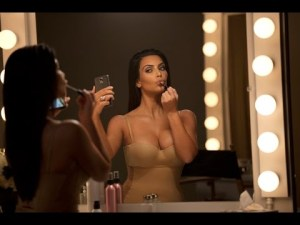Kim kardashian superbowl #KimsDataStash | T-Mobile Commercial – YouTube