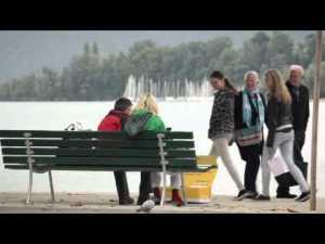 Les colis de la poste se livrent tout seul a lucerne en suisse – YouTube